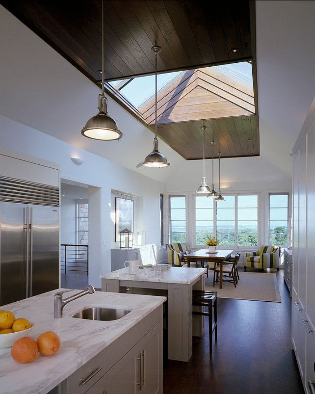 Modern Kitchen Design. Modern kitchens can be warm and inviting. Modern kitchens don't need to be stark and lifeless! #ModernKitchen #Kitchen #Modern #Interiors