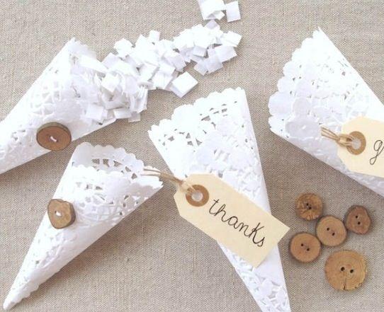 I coni per il riso coi sotto torta di carta