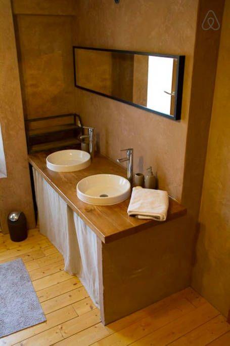 Schau Dir dieses großartige Inserat bei Airbnb an: Gite chaleureux tout confort 110m2  - Häuser aus Lehm und Ton zur Miete