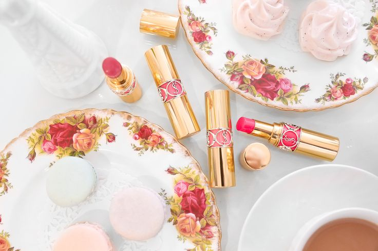 Poppy pink lippies from YSL Beauty's Rouge Volupte Shine Oil-in-Sticks in their new 'Weekender' shades http://seph.me/1SwLojD