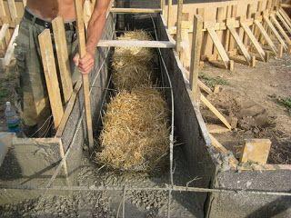 Фундамент для соломенного дома с наполнителем из соломы