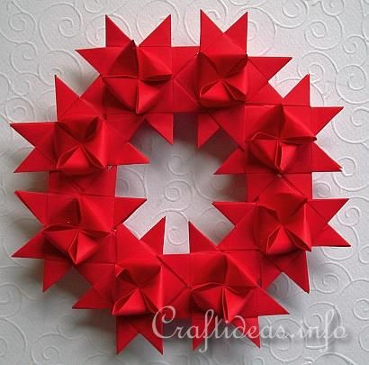 "Star Wreath made from german Paper star ""Froebel Stern"""