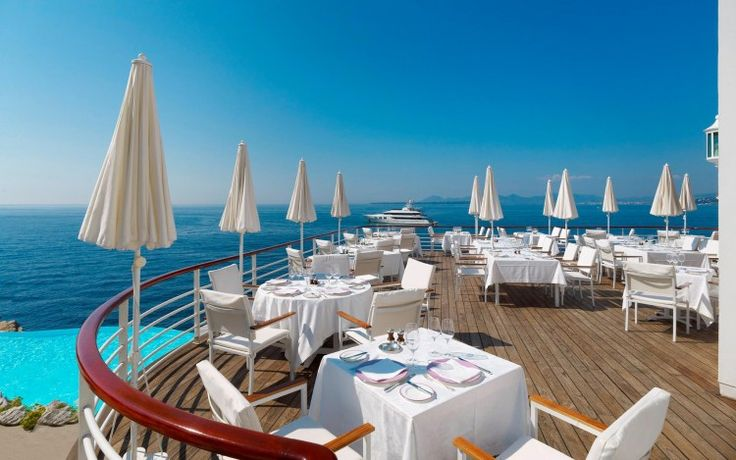 4 and 5 star hotels on the Cote d'Azur - http://www.wanderluxury.com/4-5-star-hotels-cote-dazur/