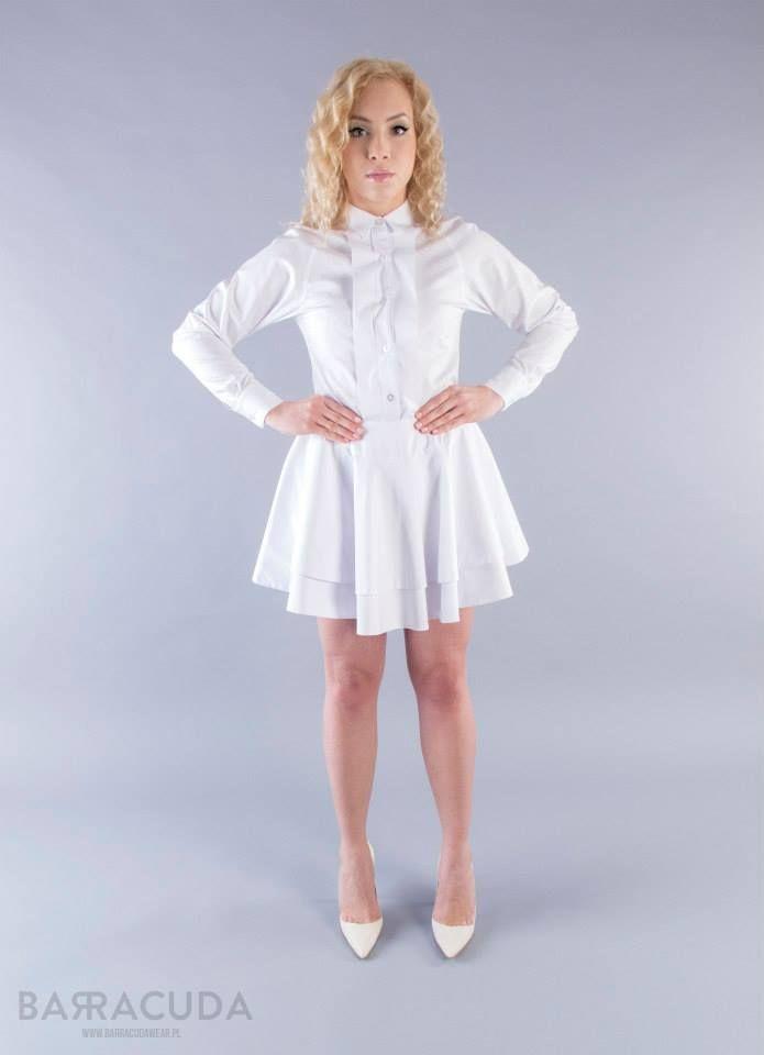 Na zdjęciu: - Dopasowana do sylwetki koszula - Spódnica z trzech kół #barracudwear www.barracudawear.pl