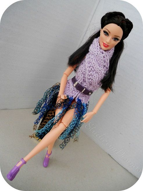 Dolls knit piece https://www.facebook.com/pages/Miniature-Clothing/1438311629779915