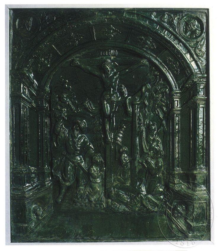 Ukřižování. Scény - vpravo Abrahám obětuje Izáka, vlevo Mojžíš a měděný had.