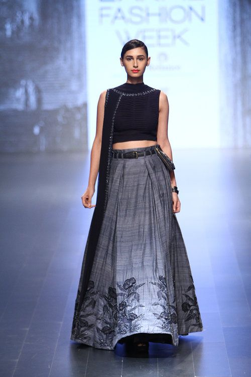Myra Magazine • Ridhi Mehra | Lakmé Fashion Week A/W 2016 • http://www.myramagazine.com/home/2016/9/2/ridhi-mehra-winter-festive-2016