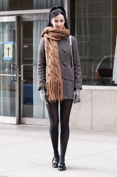 Krysten Ritter looked way adorable in a knitted scarf and high ponytail