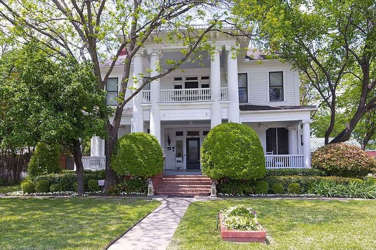 1906 classical revival ennis tx 550000 old house