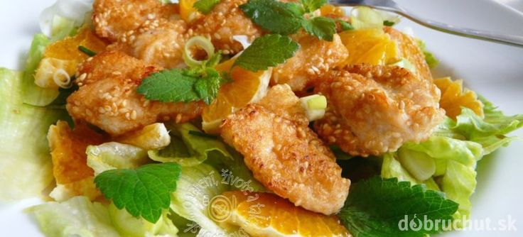 Kuracie kúsky so zeleninovo ovocným šalátom