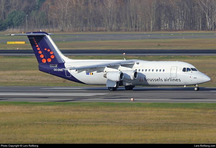 OO-DWE Brussels Airlines British Aerospace Avro RJ100 cn E3327 Berlin-Tegel Airport Germany EDDT TXL www.lars-rollberg.com