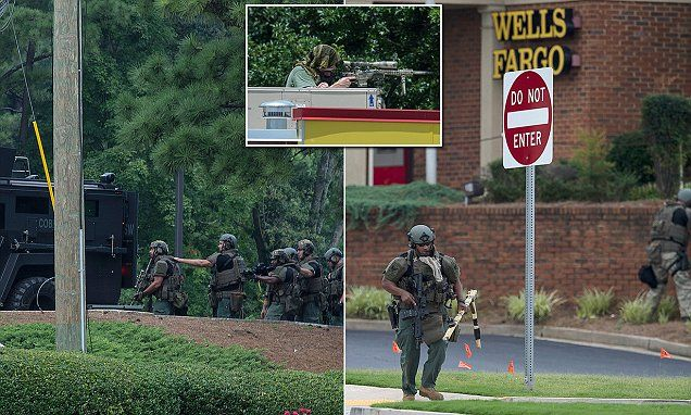GEORGIA... Atlanta police smash through bank wall and save hostages | Daily Mail Online