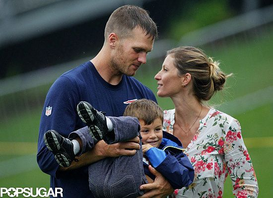 Tom Brady got a visit from Gisele and Ben while he was at practice!
