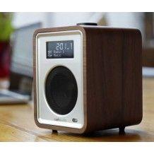 De Ruark R1 is de perfecte tafel radio, houten klankkast en DAB+ tuner.