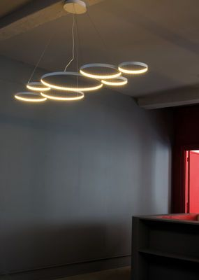 Led Light Suspension Ultra8 - DIY Silver painted embroidery hoops w/glued led strips inside