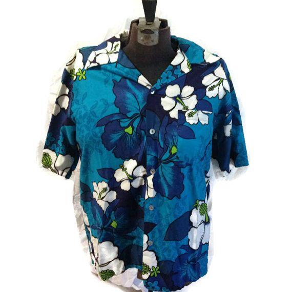 70's Hawaiian Button Up Tshirt / 1970's Tropical by RetroFreshTees, $35.00