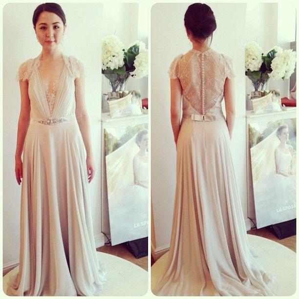 .@Ljiljana Dabic   Королевские платья в салоне La Novia!) Кейт Миддлтон предпочла элегантную мо...   Webstagram - the best Instagram viewer