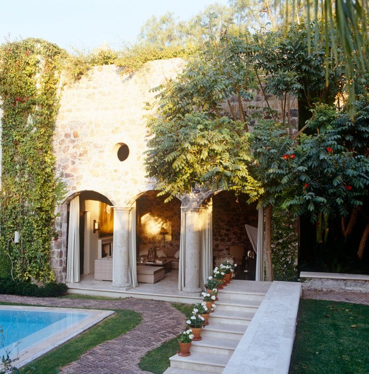 Spanish Style Homes With Courtyards: Best 25+ Mexican Courtyard Ideas On Pinterest