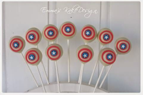 Emmas KakeDesign: Captain America Cakepops! DIY on the blog www.emmaskakedesign.blogspot.com
