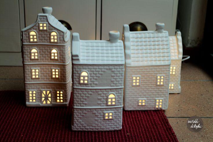 Regali per Natale-Casine ceramica illuminate-Negozio Tre Soldi di Paglia Rimini