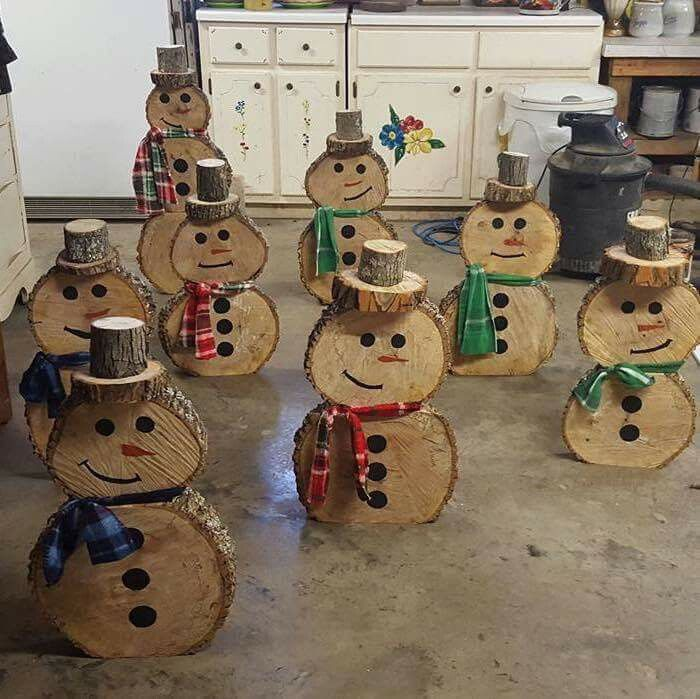 Wood round snowmen