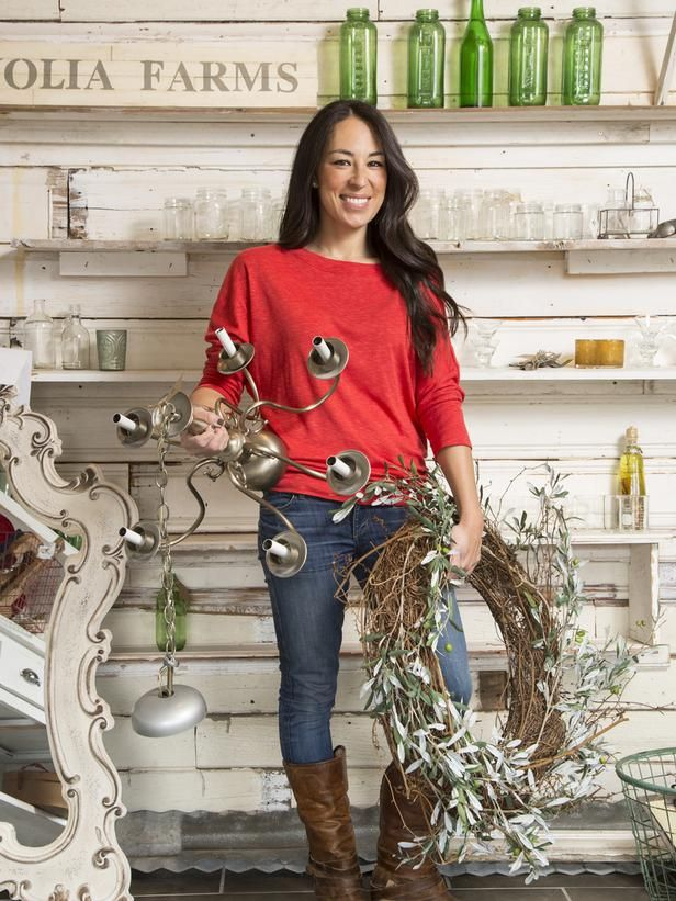 On Favorite Spots to Find Vintage Goodies - Get to Know <em>Fixer Upper</em> Hosts Chip and Joanna Gaines on HGTV