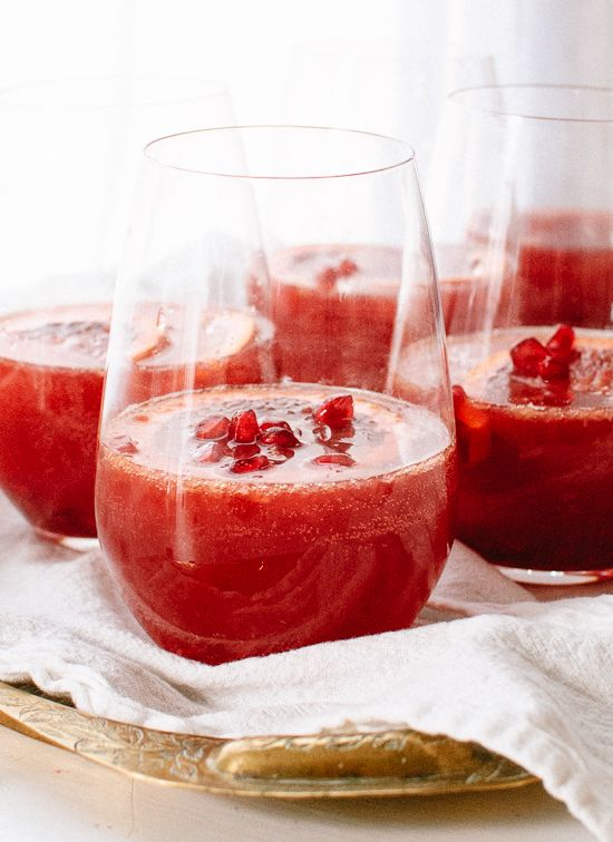 Blood Orange Sangria with Pomegranate by cookieandkate #Sangria #Blood_Orange #Pomegranate