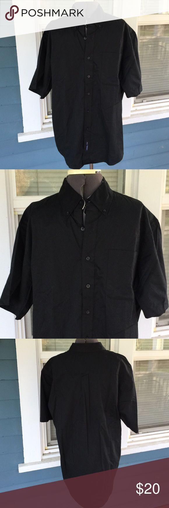 """Mens👔PORT AUTHORITY Black Button Shirt Mens👔PORT AUTHORITY Black Button Shirt.   Button down front.  Short sleeves.   Front pocket.   Slightly rounded hemline).   Shoulder width 21"""".  Length 26"""" (shoulder to sideseam hemline).   NWOT Port Authority Shirts Dress Shirts"""