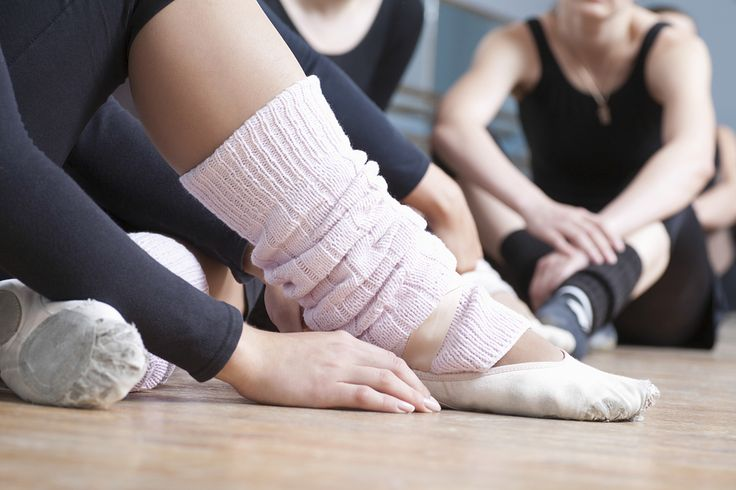 10 Items Adult Students Should Have In Their Dance Bag | Ballet for Adults