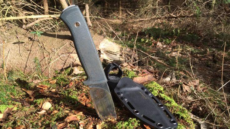 Jaktkit KNV3 : A Tough Swedish Bushcraft Knife for Tough Jobs -  Sumo Su...
