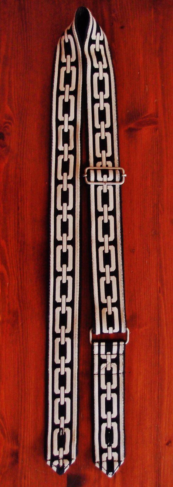 Tracolla per chitarra  bianco e nero di EliCreates su Etsy, €30.00