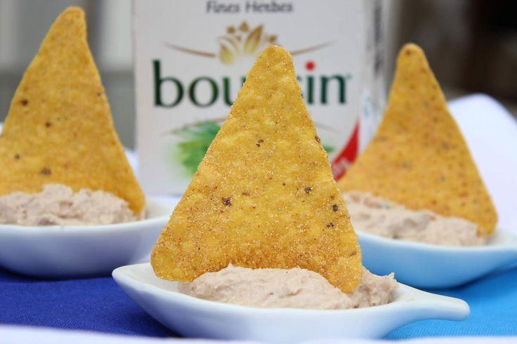 Petits bateau avec mousse de thon et du boursin échalotes ciboulette - Sandraelle !