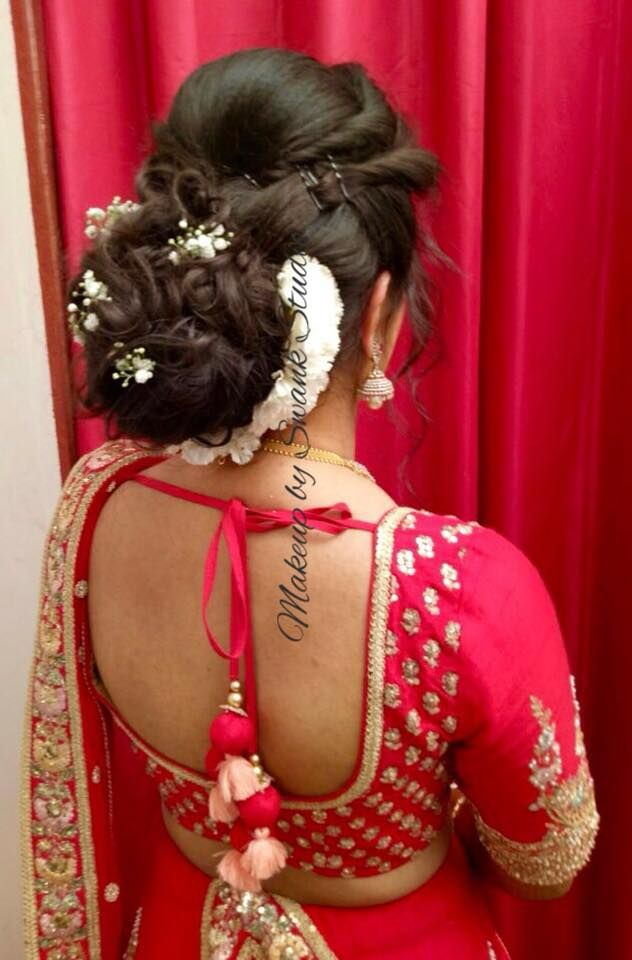 Gorgeous Bridal Updo By Swank Studio South Indian Bridal Hair For Reception Bridal Hairstyle With Fresh Fl Hair Styles Indian Bridal Hairstyles Bridal Hairdo