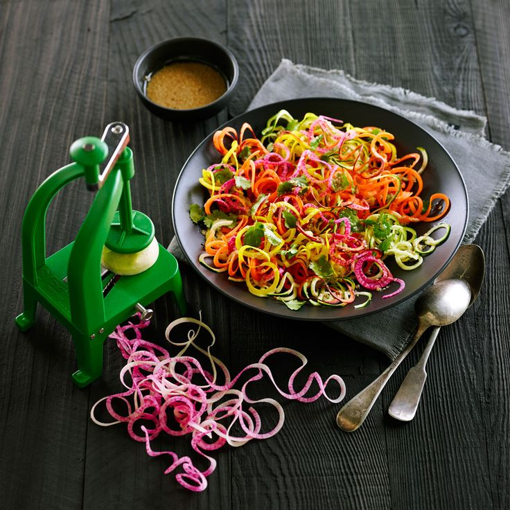 We used the thickest julienne blade on the Benriner Cook Help and the fine shredder (3 x 3 mm) blade on the Paderno 4-Blade Spiralizer to...