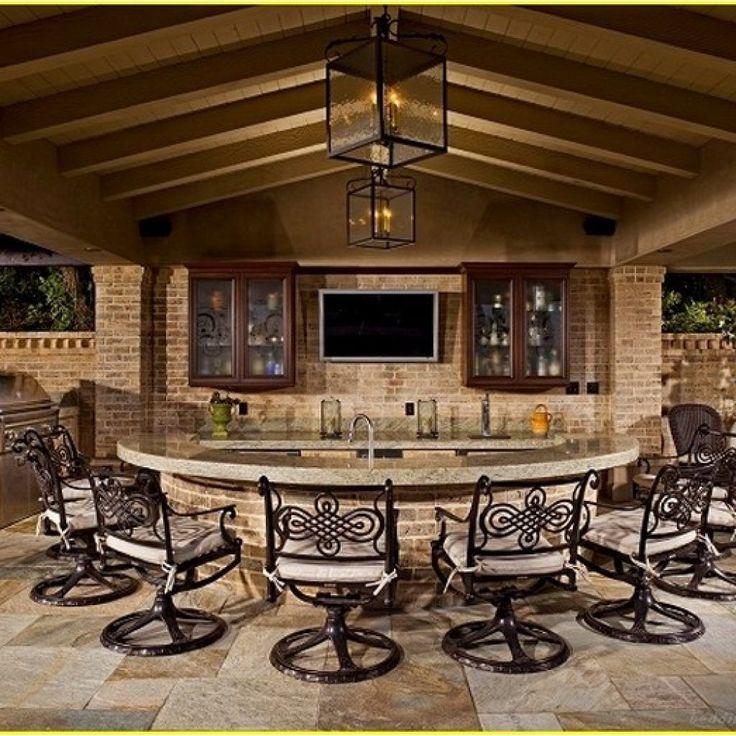 luxury custom outdoor kitchens