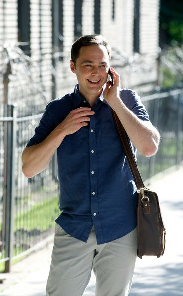 Jim Parsons Photos Photos - Jim Parsons is seen filming 'A Kid Like Jake' on June 21, 2017. - Claire Danes and Jim Parsons Film 'A Kid Like Jake'