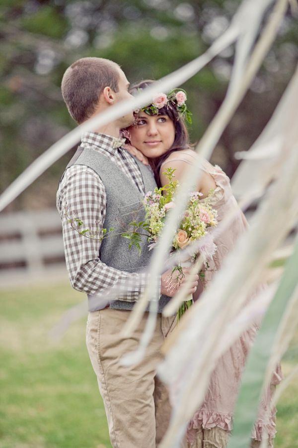 ボヘミアンがテーマの結婚式に♡披露宴のシャツの参考例。二次会や1.5次会のアイデアにも。
