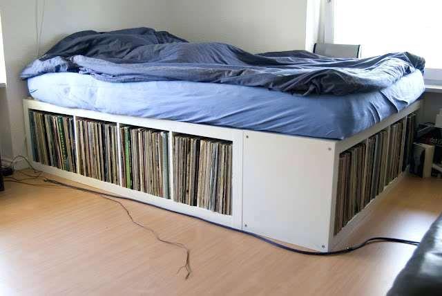 Bett Mit Stauraum Selber Bauen Auch Aus Ikea Elementen Lassen Sich Praktische Betten Bauen Wie Zb Mittels Expedit Bettrahmen Ideen Ikea Mobel Bett Selber Bauen
