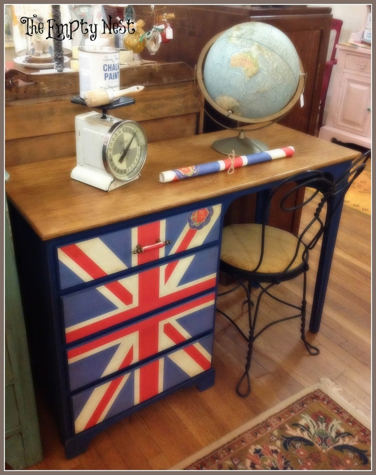 The Empty Nest...my answer to a painted Union Jack...Cavalinni Wrap paper..super easy! Chalk Paint® decorative paints in Napoleonic Blue