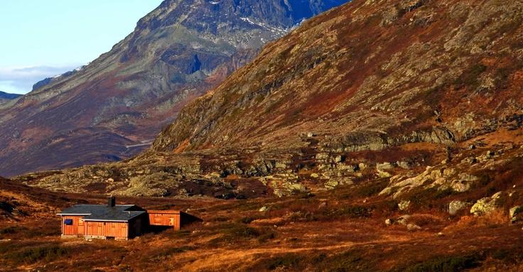 Sunwind- Energi på hytta | Hytte | Gassgrill | Marine | Badstue | solenergi- hytteutstyr- båtutstyr- wallas- sauna- harvia- hage- grill- solcellepa