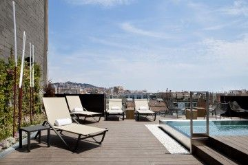 Barcelona real estate agency offering luxury properties for sale in Barcelona as well as furnished apartment rentals mid and long term.