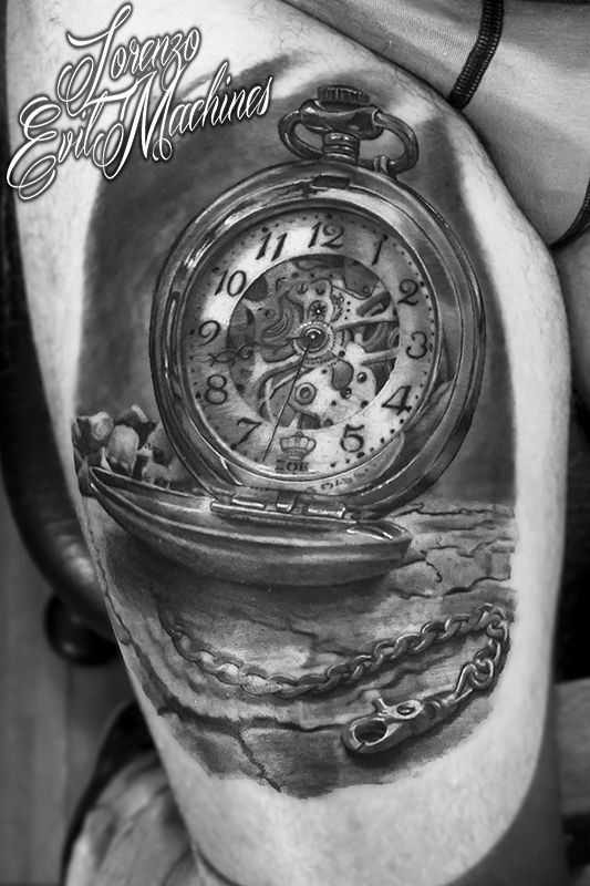 Realistic Tattoo by Lorenzo Evil Machines, Roma Italia - Orologio da taschino con catenella Pocket Watch - Realistic Black and Gray Tattoo by Lorenzo Evil Machines - Roma - tatuaggi realistici e ritratti 3D