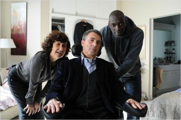 Yvonne, Philippe et Driss cherchent le meilleur look pour un premier rencart...
