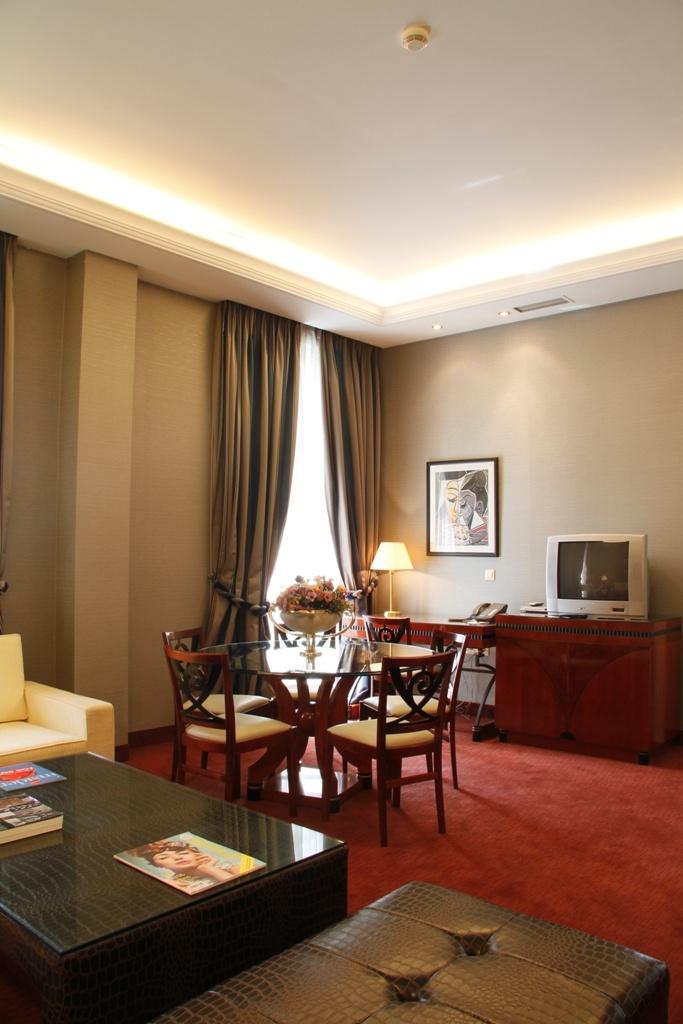 Piraeus Theoxenia Deluxe Suite, Luxury Boutique Hotel, Piraeus, Athens, Greece