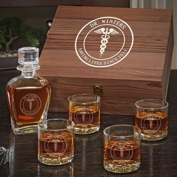 Medical Arts Personalized Whiskey Decanter Set Gift For Doctors Whiskey Lover Gift Engraved Whiskey Decanter Etched Whiskey Glasses Whiskey Decanter Whiskey Gifts Whiskey