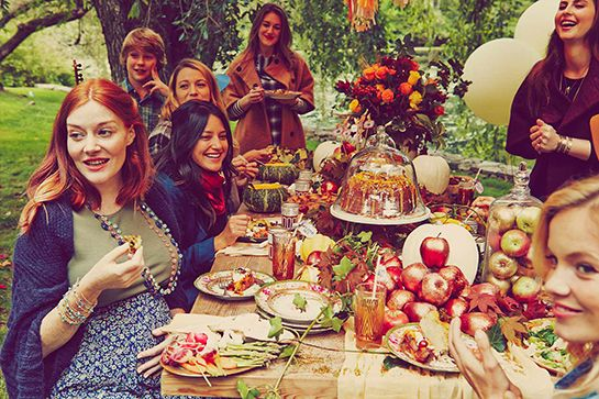 Blake Lively Autumnal-Themed Baby Shower  http://www.refinery29.com/2014/10/76072/blake-lively-baby-shower-photo#slide3