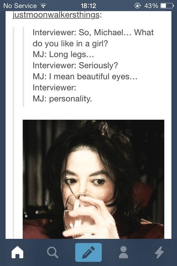 Cóż, może i nie mam długich nóg, ale za to mam całkiem ładne oczy i piękną osobowość... tyle chyba wystarczy...?  Więc już jesteśmy małżeństwem :P
