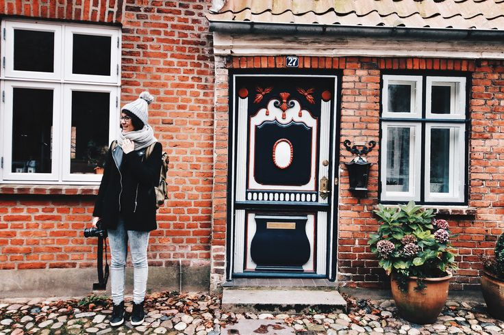 http://www.shinimichi.com/2015/11/denmarks-oldest-town-ribe-oozes-with.html