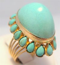 Sometimes all your outfit needs is a POP of turquoise!: Cocktails Rings, Champions Jewelry, Turquoi Jewelry, Vintage Rings, Turquoi Rings, Gold Rings, Turquoise Rings, Vintage Turquoise, Vintage Jewelry