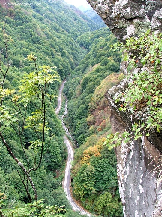 Rausor valley. View from Colt medieval fortress, #Retezat_mountains, #Transylvania.